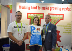 Jamie Prior, Charlotte Mackay & Steve Droog with Kam's Grower Supply, offering the ProGro water soluble fertiliser under their own brand.
