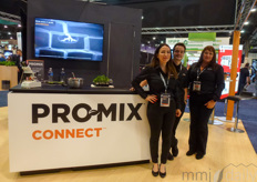Mercedes Medina, Erin Rivers & Mathias Plourde with Promix, promoting Promix Connect: highly concentrated formulation designed to help professional growers to connect and improve the value of their crop.